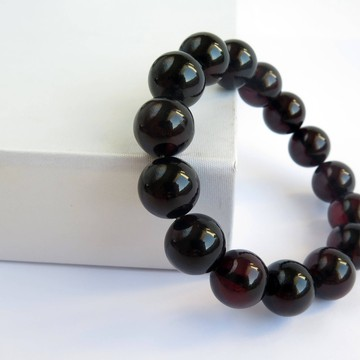 Red Cherry Baltic Amber Bracelet 21.82 grams