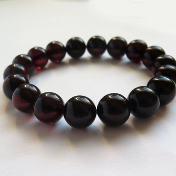 Red Cherry Baltic Amber Bracelet 16.73 grams