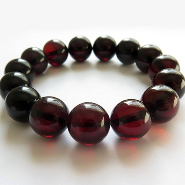 Red Cherry Baltic Amber Bracelet 21.55 grams