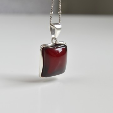Royal Red Ruby Amber...