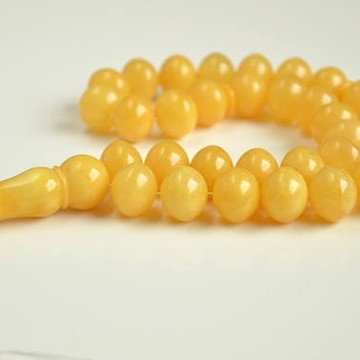 Baltic Amber Tespih Butterscotch Egg Yolk Color Misbaha 33 Beads 13 x 15 mm 58 g