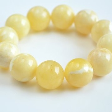Pure Baltic Amber Bracelet 18 mm 36.6 g milky white color round beads handmade perfect gift