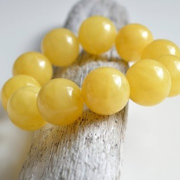 Butterscotch Amber Bracelet with 22 mm Amber Beads, Natural Baltic Amber Bracelet