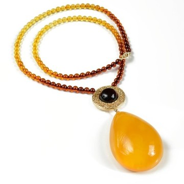 Butterscotch Genuine Baltic Amber Pendant, Natural Egg Yolk Amber Necklace, Egg Yolk Amber Choker, 波罗的海琥珀