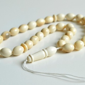 Ivory White Color Mammoth Islamic Prayer Beads 33 Worry Beads 21 g