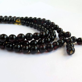 Amber Mala Buddhist Prayer, Red Cherry 108 Polished Beads 9.5mm 49 g