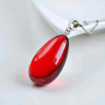 Royal Red Ruby Amber Pendant with Sterling Silver, Amber Jewelry, Exclusive Amber Pendant, 6.8 g
