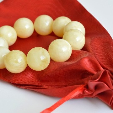 Pure Baltic Amber Bracelet 19 mm 41 g milky white color round beads handmade perfect gift
