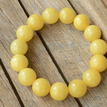 Amber Bracelet 13.9 mm beads 22.45 grams quality polished handmade near Baltic Sea perfectly round beads
