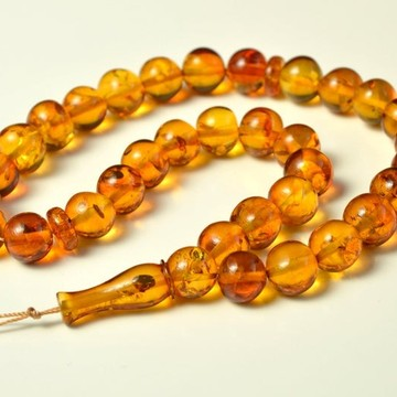 Oval Baltic Amber Beads...