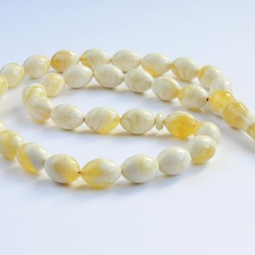 White Ivory Creamy Yellow Amber Misbaha Rosary 33 Baltic Amber Olive Beads 14.5 x 10.5 mm 33  Worry Beads 30 g