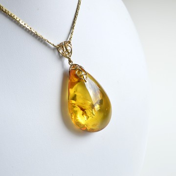 Natural Baltic Amber Pendant, Gold-plated 925 Silver Necklace