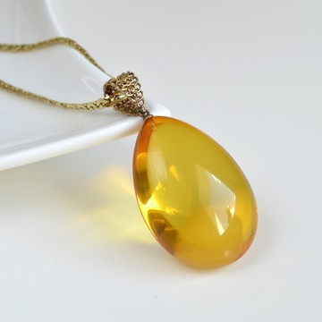 Natural BALTIC AMBER PENDANT Carved Shell Bead Silver 925 Gold Plated 3g 14801