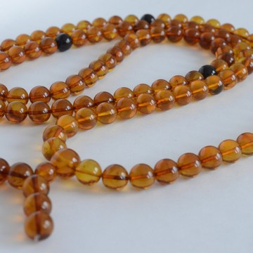 Cognac / Red Cherry Baltic Amber Buddhist Prayer Beads 111.25 grams