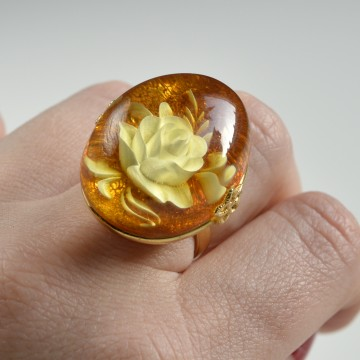 Butterscotch Baltic Amber Ring with Gold-plated Silver Rose Motive Pattern, Natural Yellow Amber with Hand Carved Flower